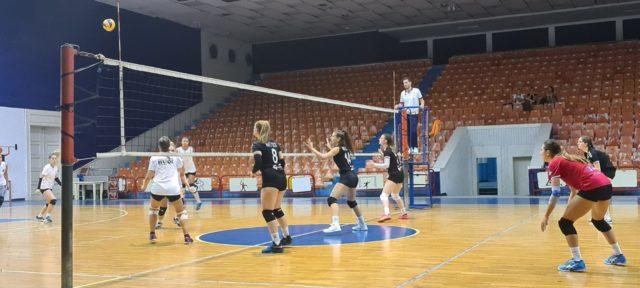 Победа над Хуки Волеј во Албанија
